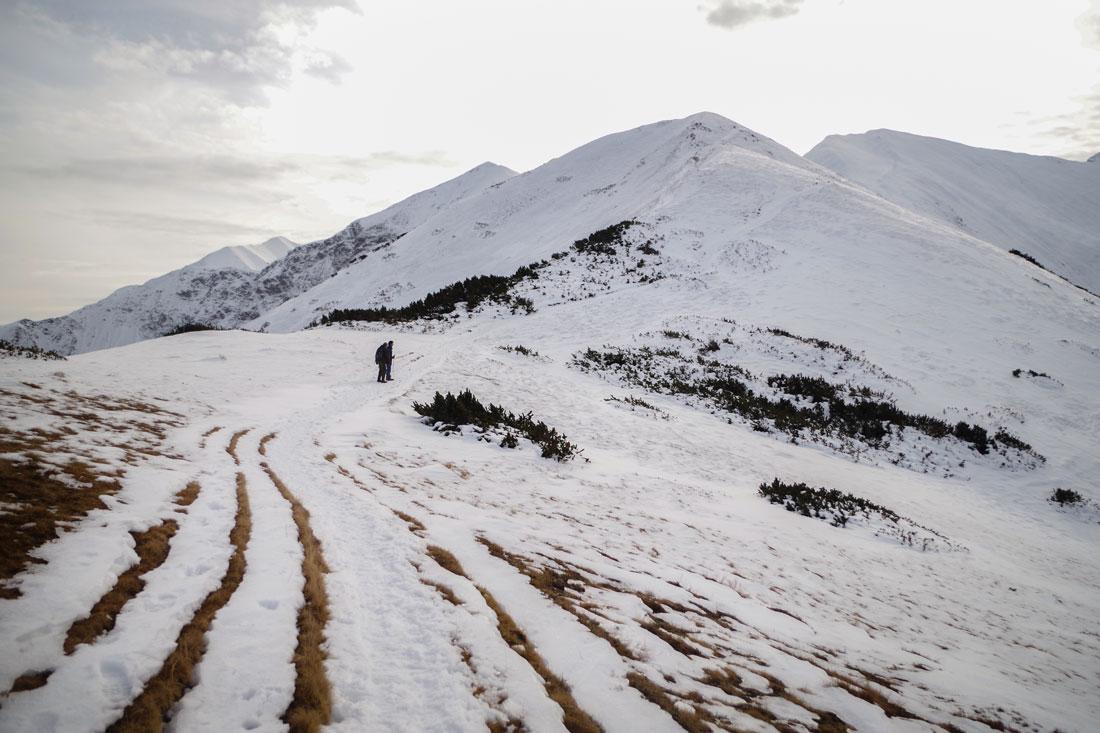 Fotografia krajobrazu - głębia w górach